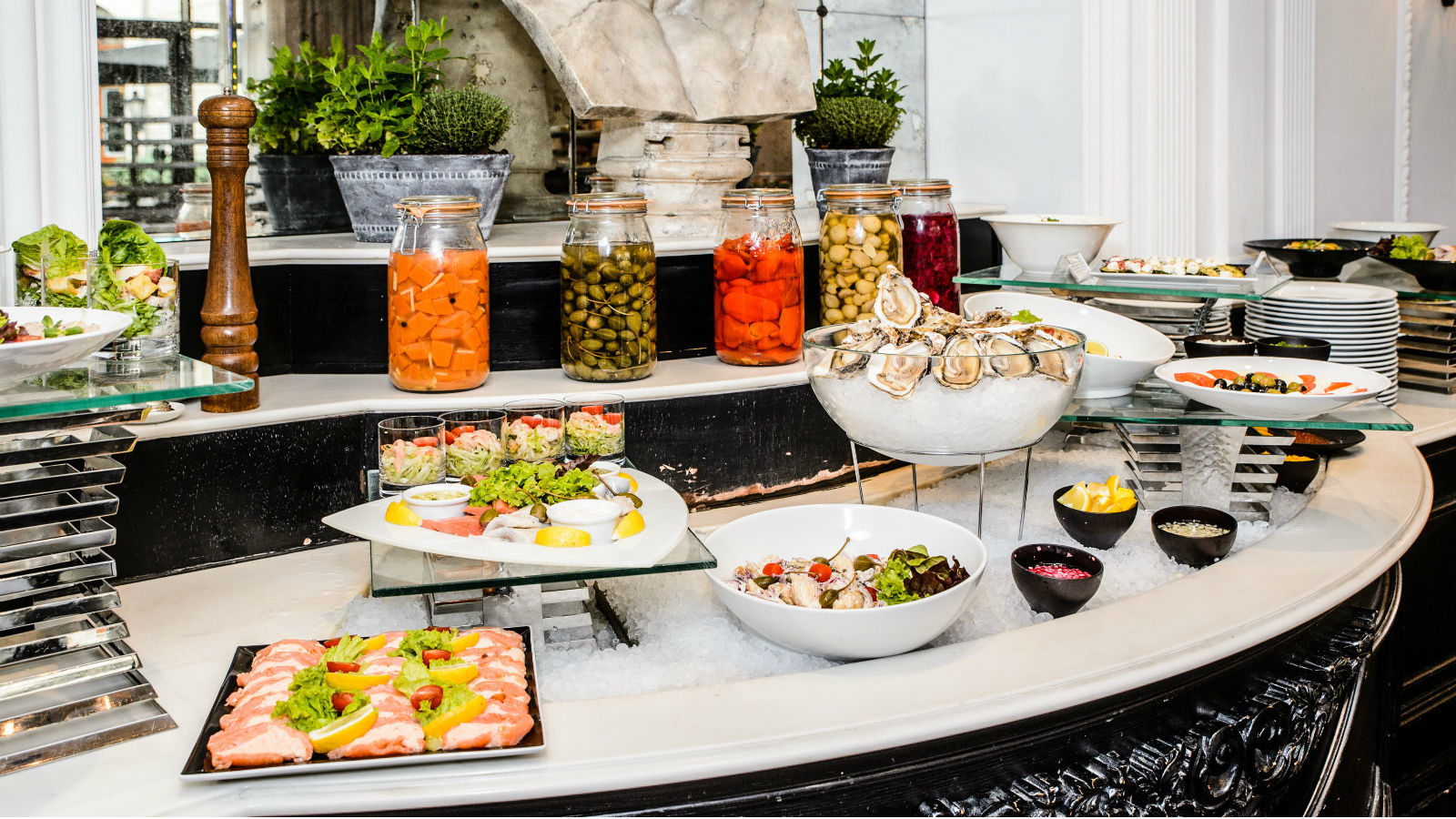 Bristol Hotel Warsaw - Sunday Brunch
